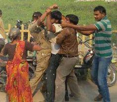 UP: दरोगा और दो सिपाहियों को जिंदा जलाने की कोशिश   Umh News India