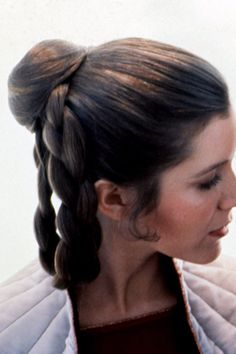 Carrie Fisher Confirms Your Long-Held Star Wars Fantasies: She Totally Did It With Han Solo IRL