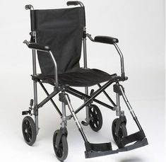 Alors que s'ouvrira le 7 avril 2016 le Salon des seniors, porte de Versailles à Paris, 2kids1bag lance un nouveau service de location de fauteuils roulants pour