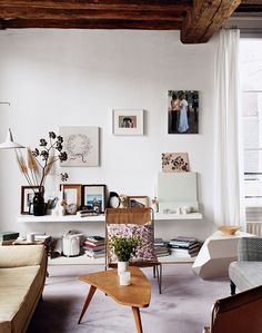 14 Blank Wall Ideas You Havent Thought Of (PHOTOS)