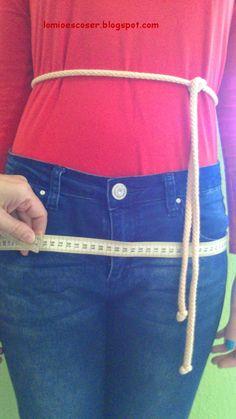 LO MIO ES COSER..... Y HACER PATRONES: Medidas necesarias para trazar patrones y cómo tomarlas 3d Pattern, Pattern Paper, Pattern Making, Sewing Hacks, Sewing Tutorials, Modelista, Dress Sewing Patterns, Flower Crafts, Fashion Pants