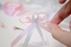 Teraz všetko spolu ručne zošijeme. Boutonnieres, Our Wedding, Angel, Deco, Wedding Cards, Hair Bows, Weddings, Birthday, Decor