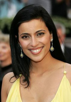Bahar Soomekh (Persian: بهار سومخ, born March 30, 1975) is an Iranian-American actress and environmental activist. She is best known for her roles in the films Crash and Saw III.