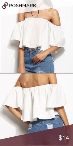 2a1748aa43af07 4 for 20 🎄 🎁 White off the Shoulder Crop Top Very cute top for this  summer Size  small Material  polyester chiffon Open to offers  ) New Tops  Crop Tops