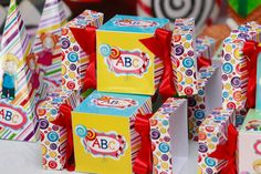 SÃO Abc Birthday Parties, Gift Wrapping, Party, Prom Party, Abc Party, Events, Initials, Meet, Crafts