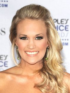 Google Image Result for http://mos149.dailymakeover.com/appImages/galleryImages/all_womens_looks/Carrie_Underwood%2BJan_2009.jpg