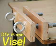 Learn Woodworking I recently found a HUGE Turnbuckle while hiking, and thought I could built myself a Twin-Screw vise with it, since I needed another big vise. - How to Build a Twin-Screw Vise Woodworking School, Beginner Woodworking Projects, Learn Woodworking, Woodworking Patterns, Woodworking Workbench, Woodworking Workshop, Popular Woodworking, Woodworking Furniture, Woodworking Crafts