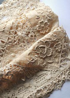 vintage lace pillow cover