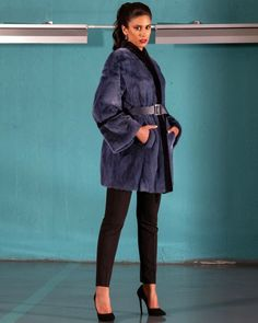 Explore the latest SARIGIANNI collection of real fur coats and bags. Modern & elegant mink coats, shearling jackets, fur-trimmed cashmere coats and more. Shearling Jacket, Fur Coat, Cashmere Coat, Fur Fashion, Poses, Elegant, Jackets, Collections, Figure Poses