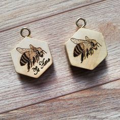Llaveros personalizados 🔥✒️#arte #pyrographyart #pirography #maderanatural #madera#artistsoninstagram #arte #artinstallation #art #art #artist #abejas #bee Art Installation, Cufflinks, Instagram, Accessories, Personalised Keyrings, Natural Wood, Art, Art Installations, Wedding Cufflinks