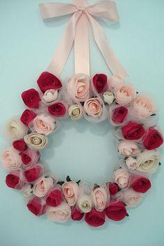 Valentine's wreath ~ so beautiful.