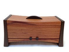 Kovecses Woodworking - Large Harmony Box Show here is the large Harmony Box from Kovecses Design. Crafted from Quarter Sawn White Oak and Wenge, this box would look gorgeous in any room. This hinged l
