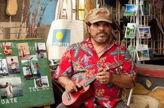 http://www.imdb.com/media/rm908242944/nm0350079?ref_=nm_phs_md_5 Luis Guzmán in Viaggio nell'isola misteriosa (2012)