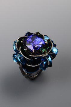 Tsai An Ho, Charming tanzanite ring