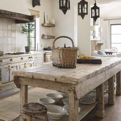 Luxurious, rustic, elegant European inspired kitchen with antique work table in Milieu magazine with design by Cathy Chapman. Photo by Peter Vitale, Architect: Home Front Build. Come see 24 Inspiring European Country Kitchen Ideas! Rustic Kitchen Island, Rustic Kitchen Design, Kitchen Islands, Kitchen Layout, Eclectic Kitchen, Kitchen Modern, Rustic Country Kitchens, Rustic Design, French Cottage Kitchens