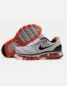 Chaussures Nike Air Max 2010