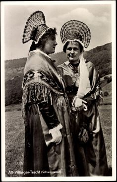 Ansichtskarte / Postkarte Alt Villinger Tracht, Schwarzwald, Frauen, Kopfschmuck