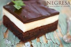 Negresa cu mascarpone si ciocolata - Retete culinare by Teo's Kitchen Sweets Recipes, My Recipes, Cookie Recipes, Favorite Recipes, Romanian Desserts, Romanian Food, Dessert Drinks, Pinterest Recipes, Food Cakes