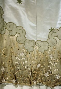 Embroidery / Evening Dress / House of Worth / French 1898–1900 / The Metropolitan Museum of Art - amazing