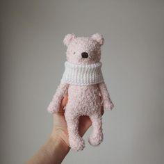 """Mi piace"": 696, commenti: 7 - Amigurumi by Sasha Skorodumova (@crochetkot) su Instagram: ""1300. Ищет дом #amigurumi #amigurumicrochet #crochetamigurumi #crocheting #handmade #weamiguru…"""