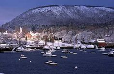 The Camden Christmas by the Sea celebration takes place annually every first weekend in December in Camden, Rockport and Lincolnville. Oh The Places You'll Go, Places To Visit, Maine Winter, Camden Maine, Maine New England, Travel Usa, Travel Maine, Vacation Spots, Vacation Ideas