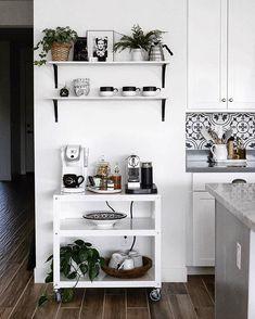 Modern minimalist coffee station design - Home Office Coffee Stations - coffee Recipes Coffee Nook, Coffee Bar Home, Coffee Carts, Home Coffee Stations, Coffe Bar, Coffee Maker, Coffee Machine, House Coffee, Drink Coffee