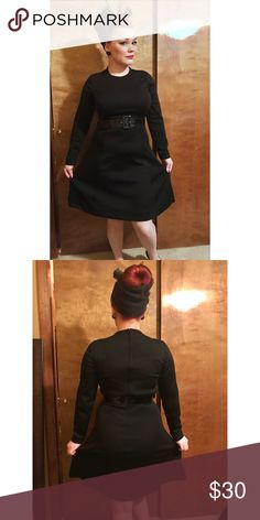 1960s black mod dress with sleeves