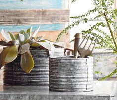 Roost Pecos Planters