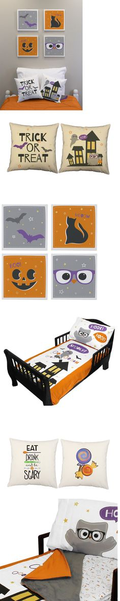 Spooky-cute Halloween room decor! Perfect for a festive holiday room