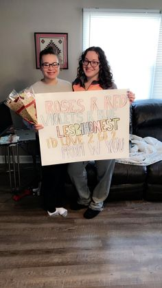Marriage Advice For New Couples Cute Homecoming Proposals, Hoco Proposals, Prom Pictures Couples, Prom Couples, Lesbian Couples, Cute Promposals, Funny Prom, Dance Proposal, Asking To Prom