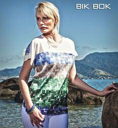 Azulejos com texturas de diferentes cores são uma opcion fresca e com muita energia!!! Curta #summercollection Bik Bok --- #Verão14 #Summer