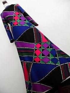 Passion For Graphics . M . Amazing Geometric Print Maxi Dress Matching Belt 70s Blue Purple Lilac Violet Pink Black