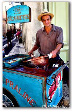 praline vendor, 136 rue des cacahuetes, Saint Remy, Provence, France