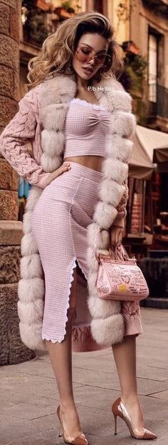 Sophisticated Outfits, Classy Outfits, Sexy Outfits, Fashion Outfits, Fur Fashion, Winter Fashion, Fashion Looks, Womens Fashion, Moda Chic