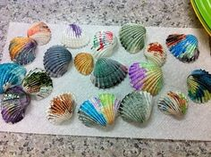 Idea from the 'winter' beach themed play date. Paint seashells with water colors. (also can create a seashell sensory bin) Social Work Activities, Beach Activities, Activities For Kids, Crafts For Kids, Arts And Crafts, Counseling Activities, School Counseling, Therapy Activities, Ocean Themes