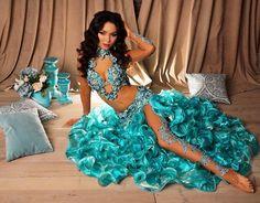 """90 curtidas, 2 comentários - BELLYDANCECOSTUMES (@sultana_dressyourdance) no Instagram: """"Ой, я так и знала, что многим понравится этот образ! Спасибо всем за тёплые слова Фоточек из…"""" Belly Dancer Costumes, Belly Dancers, Dance Costumes, Dance Outfits, Dance Dresses, Beautiful Models, Beautiful Outfits, Havana Nights Dress, Cultural Dance"""