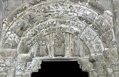 La Corticela Chapel, Santiago de Compostela - Magi Tympanum