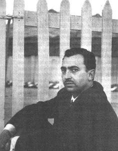 Ángel González (1956).