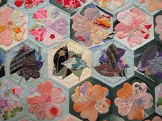 2012 Tokyo International Great Quilt Festival (Be*mused's photostream)  Wow
