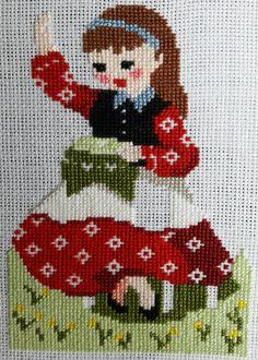 Cross Stitch Kitchen, Mini Cross Stitch, Cross Stitch Borders, Modern Cross Stitch, Cross Stitching, Cross Stitch Embroidery, Hand Embroidery, Embroidery Patterns, Funny Cross Stitch Patterns