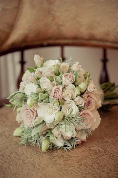 Love the pastel colouring of this bouquet.