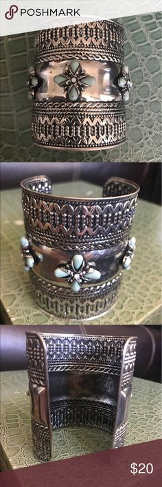 """Southwest turquoise cuff- Coachella Beautiful southwest jewelry here! Silver cuff with turquoise color stones. 3"""" in height and adjustable width! Empower yourself with this masterpiece Jewelry Bracelets"""