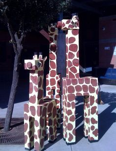Art Projects for Kids: Giraffes from Chandler, Arizona African Art Projects, 3d Art Projects, Animal Art Projects, Projects For Kids, Jungle Art Projects, Project Ideas, Junk Modelling, Jungle Crafts, Recycling For Kids