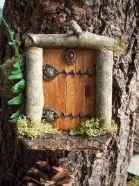 GroBartig Basteln Einfach U0026 Basteln Mit Kindern. DIY Idee Zum Selbermachen. Fairytale  Tür Auf Baum. Items Similar To Door To Faerie Fairy Door On Etsy