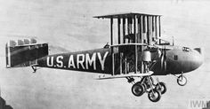 """Witteman-Lewis Barling XN BL-1 (Experimental Night Bomber Long Range) in flight, 1923. Wth its full 5000 lb bomb load, it had a range of only 170 miles and was dubbed """"Mitchell's Folly""""."""