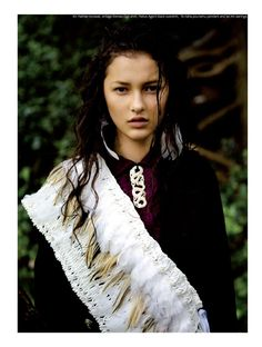 Ella Verbenne & Yasmin Bidois by David K. Shields for Stil Magazine:  white feathers and snake necklace...