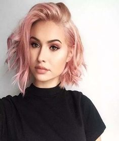 67 Pink Hair Color Ideas To Spice Up Your Looks for 2019 short messy rose gold hair color - Beliebt Kurze Haare Ideen Gold Hair Colors, Hair Color Pink, Purple Hair, Green Hair, Hair Colours For Pale Skin, Color For Short Hair, Edgy Hair Colors, How To Style Short Hair, Fun Hair Color