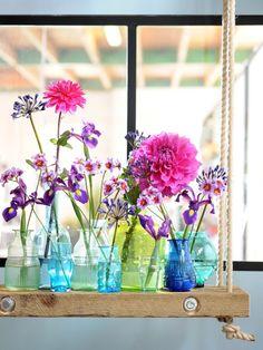 Vasen verschiedener Formen und Farben sorgen für eine individuelle Note #blumen #flowers #vase #twbm #dekoration #decoration