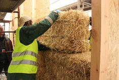 Balas de paja adecuadas para la construcción de casas