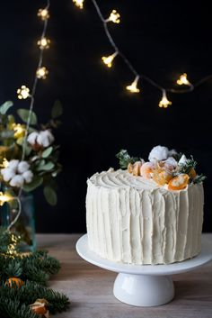 4-LAYER CAKE WITH ORANGE CRÈME BRÛLĖE AND MANGO-PASSIONFRUIT SWISS MERINGUE BUTTERCREAM